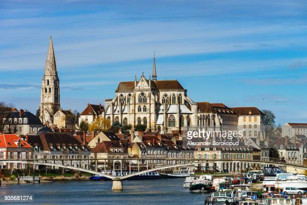 abbey saint-germain in auxerre, landscape view, france - auvergne rhône alpes stock pictures, royalty-free photos & images
