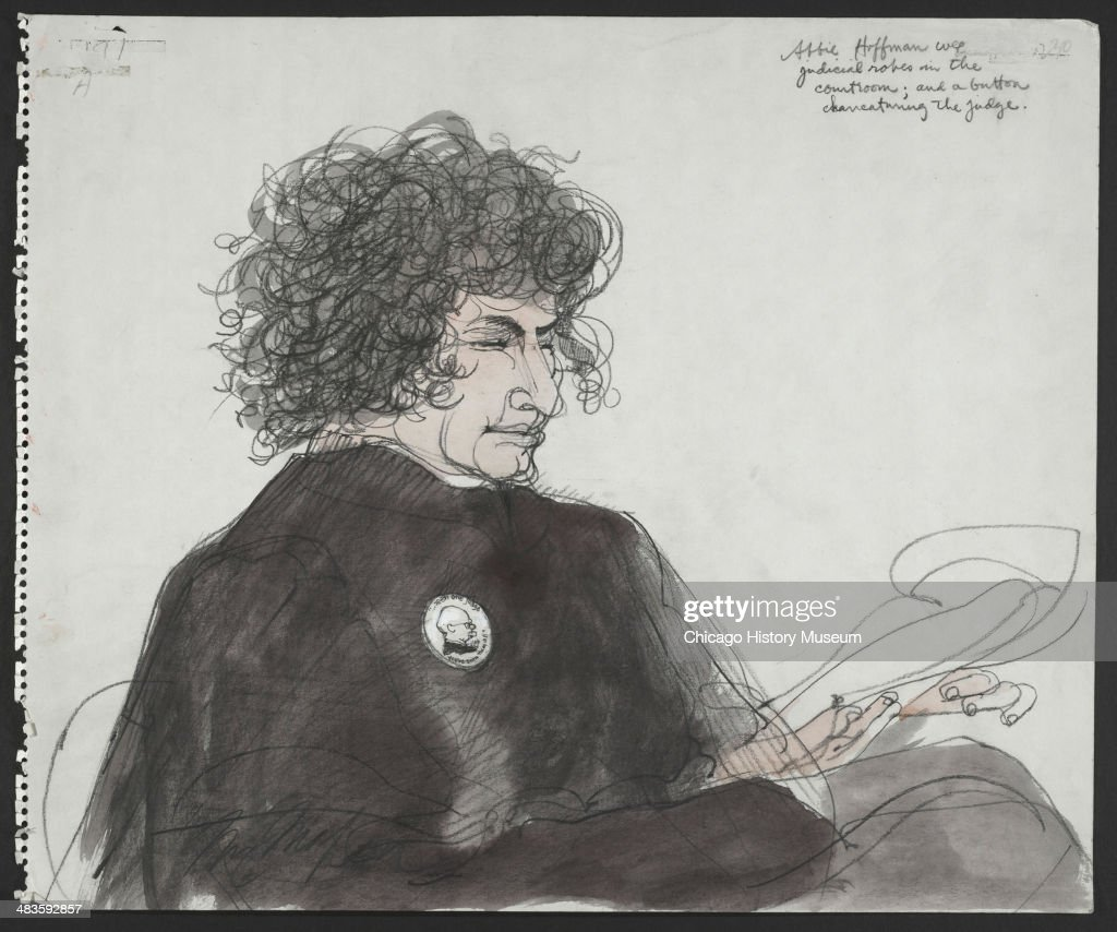 Abbie Hoffman During Chicago Eight Trial : News Photo