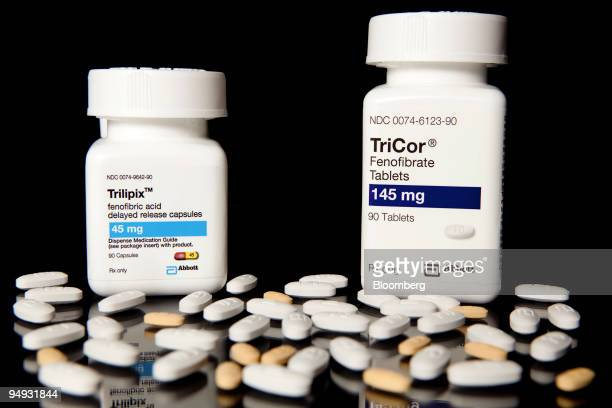 Abbott Laboratories' cholesterol drugs Trilipix and TriCor sit on display at New London Pharmacy in New York US on Monday Sept 28 2009 Abbott...