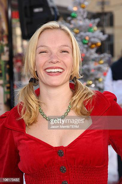 Abby Brammell at the Premiere of Warner Bros 'FRED CLAUS' at Grauman's Chinese Theatre on November 3 2007 in Los Angeles California