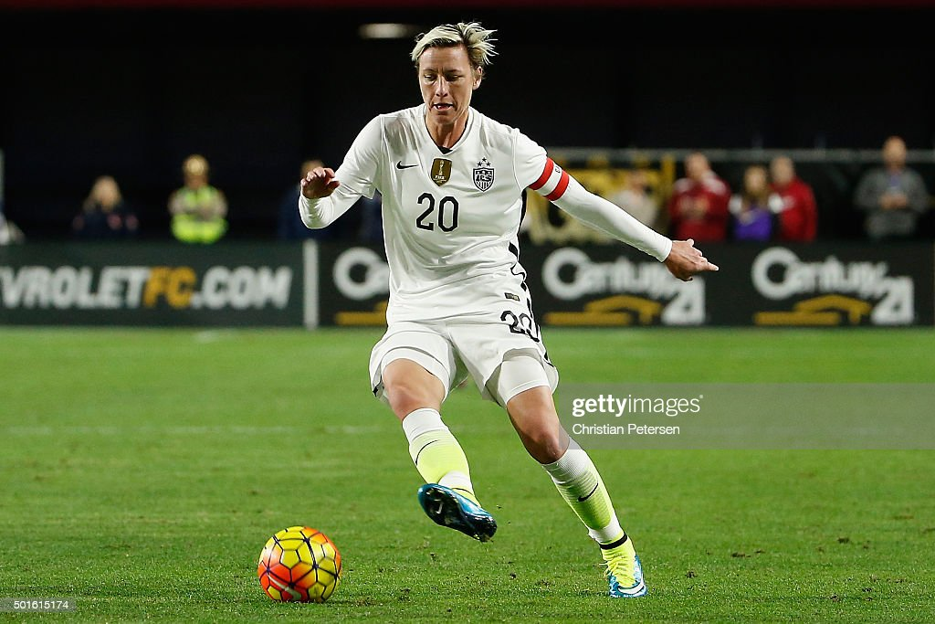 Abby Wambach #20 of the United States controls the ball during the second half of the women's soccer match against China at University of Phoenix Stadium on December 13, 2015 in Glendale, Arizona. USA defeated China 2-0.