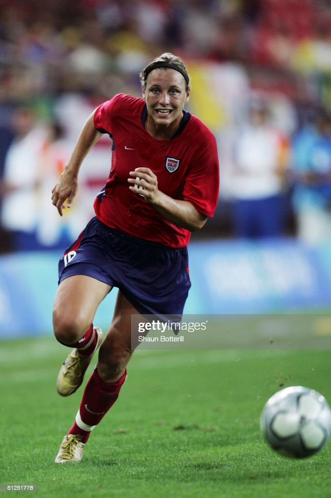 Abby Wambach of the USA competes in the women's football bronze medal match on August 26, 2004 during the Athens 2004 Summer Olympic Games at Karaiskaki Stadium in Athens, Greece.
