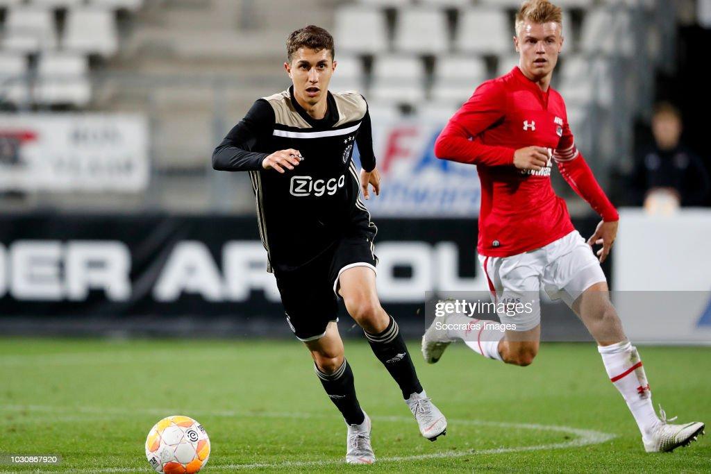 Keuken Kampioen Review : Mauro savastano of az alkmaar u during the dutch keuken kampioen