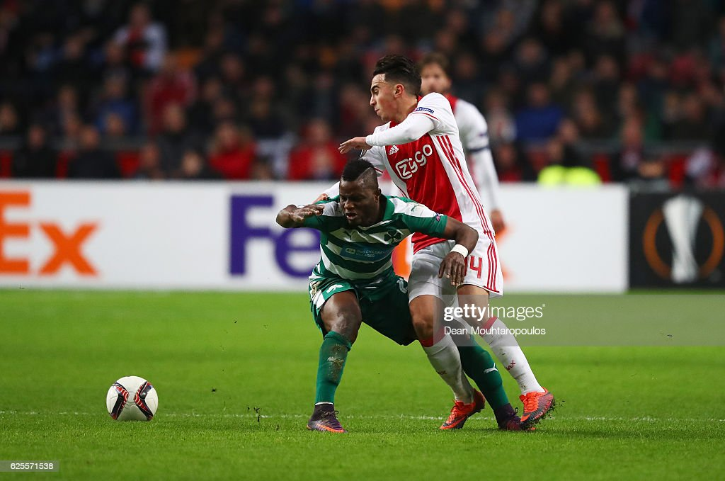 Abdelhak Nouri of Ajax battles with Wakaso Mubarak of Panathinaikos during the UEFA Europa League Group G match between AFC Ajax and Panathinaikos FC at Amsterdam Arena on November 24, 2016 in Amsterdam, Netherlands.