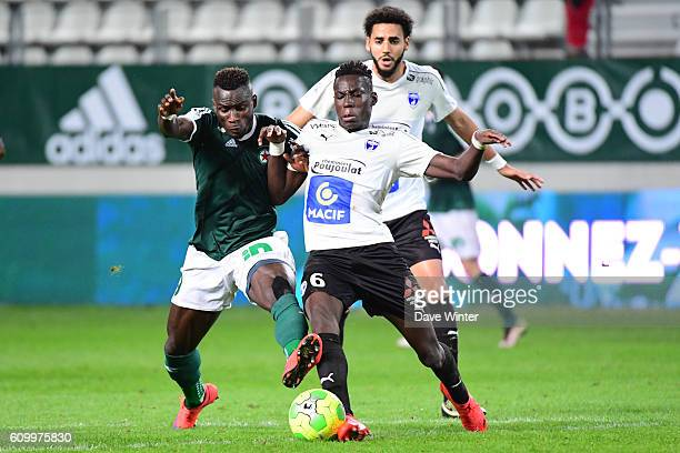 Abdoulaye Sane of Red Star and Junior Sambia of Niort during the French Ligue 2 match between Red Star FC and Chamois Niortais Football Club at Stade...