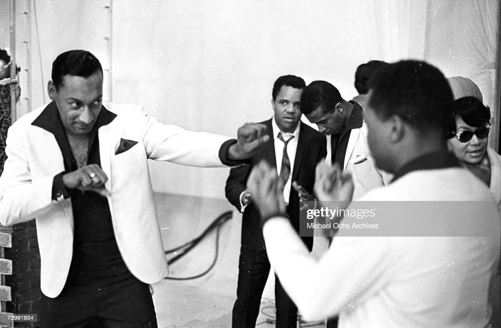 Four Tops With Berry Gordy : News Photo