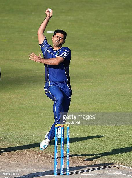 Abdul Razzaq of Capricorn bowls during the Oxigen Masters Champions League match between Virgo Super Kings and Capricorn Commanders on February 7...