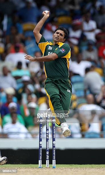 Abdul Razzaq of Pakistan bowls during The ICC World Twenty20 Super Eight match between Pakistan and England played at The Kensington Oval on May 6...