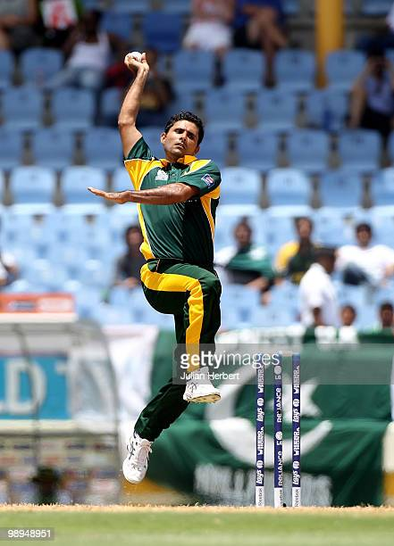 Abdul Razzaq of Pakistan bowls during the ICC World Twenty20 Super Eight match between Pakistan and South Africa played at the Beausejour Cricket...