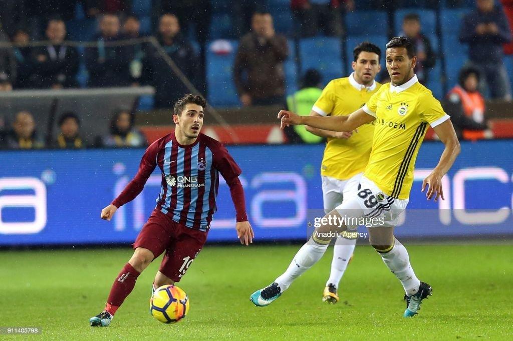 Trabzonspor vs Fenerbahce: Turkish Super Lig : News Photo