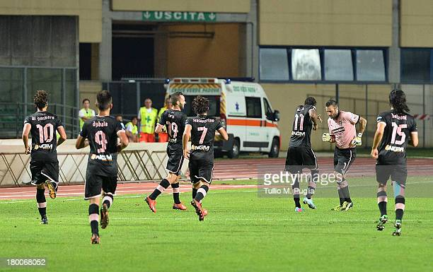Abel Hernandes of Palermo celebrates with team-mates after scoring his team's second goal during the Serie B match between AC Padova and US Citta di...