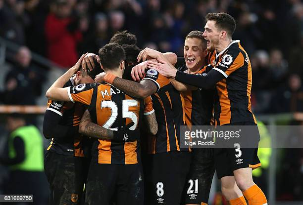 Abel Hernandez of Hull City celebrates scoring his sides second goal with his Hull City team mates during the Premier League match between Hull City...
