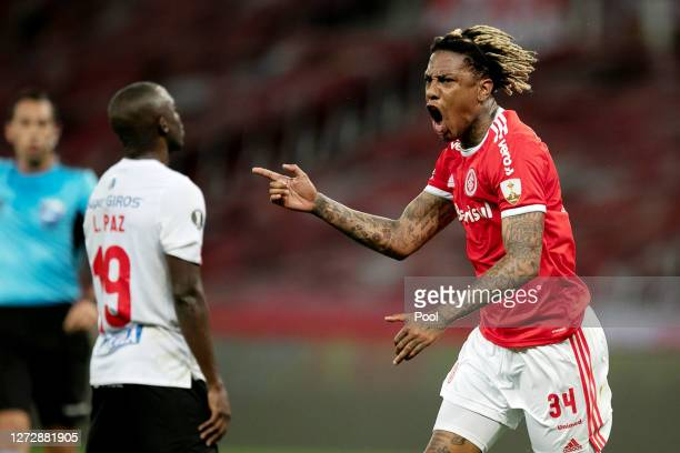 Abel Hernandez of Internacional celebrates after scoring the third goal of his team during a group E match of Copa CONMEBOL Libertadores 2020 between...