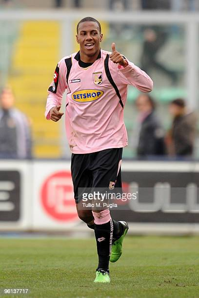 Abel Hernandez of Palermo celebrates the opening goal during the Serie A match between Palermo and Fiorentina at Stadio Renzo Barbera on January 24,...
