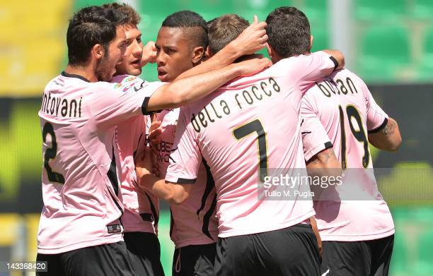 Abel Hernandez of Palermo celebrates with team mates after scoring the opening goal during the Serie A match between US Citta di Palermo and Parma FC...