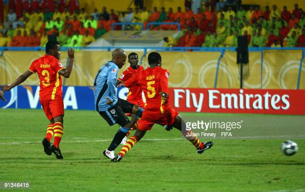 Abel Hernandez of Uruguay scores a late 20 equalizer during the FIFA U20 World Cup Group D match between Uruguay and Ghana at the Ismailia Stadium on...