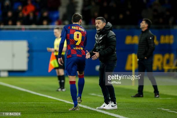 Abel Ruiz of FC Barcelona B and Garcia Pimienta the coach of FC Barcelona B during La Liga match between FC Barcelona B and RCD Espanyol B at Johan...