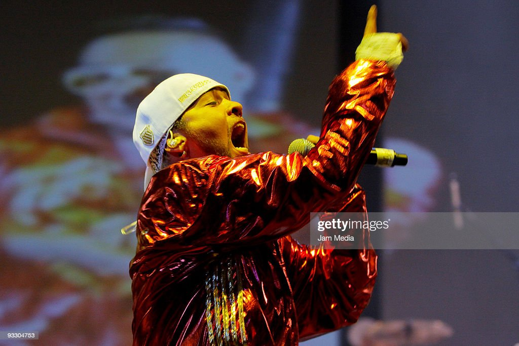 Los Super Reyes Concert : News Photo