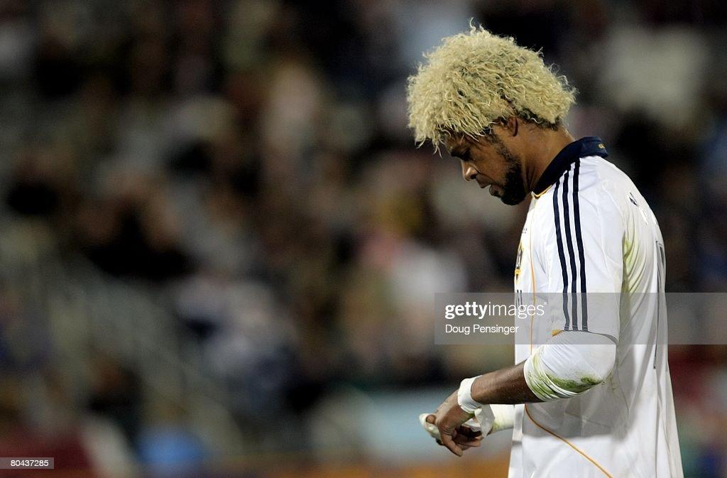 Los Angeles Galaxy v Colorado Rapids : News Photo