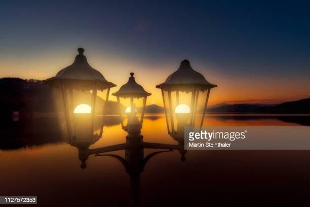 Abendstimmung am See - Laternen leuchten