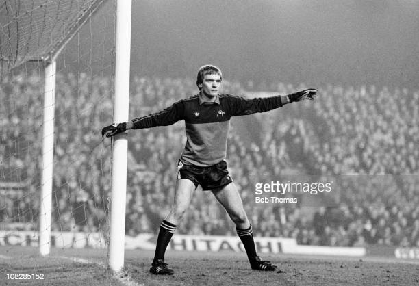 Aberdeen goalkeeper Jim Leighton during the European Cup 2nd round 2nd leg match between Liverpool and Aberdeen played at Anfield in Liverpool 5th...