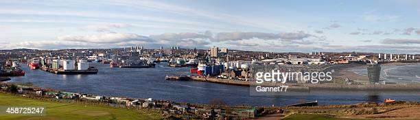 aberdeen harbour panorama - aberdeen scotland stock pictures, royalty-free photos & images