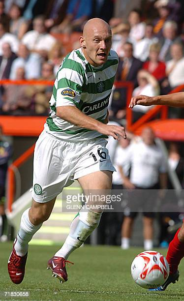 Aberdeen, UNITED KINGDOM: Glasgow Celtic player Thomas Gravesen runs for the ball as makes his debut for his new team in the Scottish Premier League...