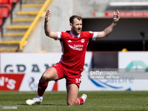 Aberdeen's Niall McGinn shows his frustration during the Scottish Cup match between Aberdeen and Dundee United at Pittodrie Stadium on April 25 in...