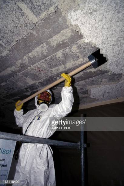 Abestos removal in a school in Nantes France on July 03 1996