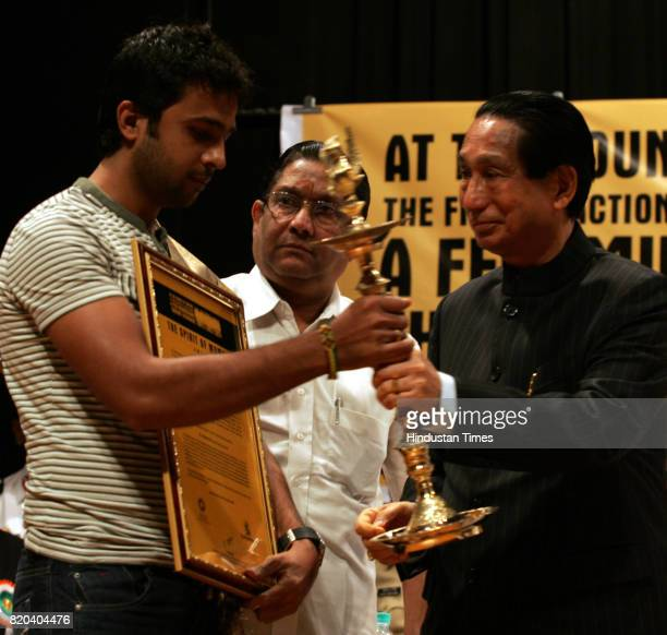 Abhijeet Dalvi Salvi receives award The Spirit of Mumbai for his exemplary devotion and courage for the larger cause of humanity and saved the lives...