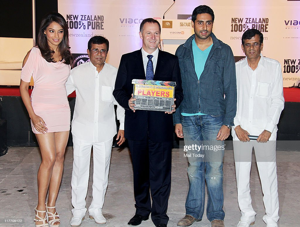 Abhishek Bachchan and Bipasha Basu with New Zealand Prime Minister John Key and director duo Abbas Mustan during the `100% Pure You` campaign on the..