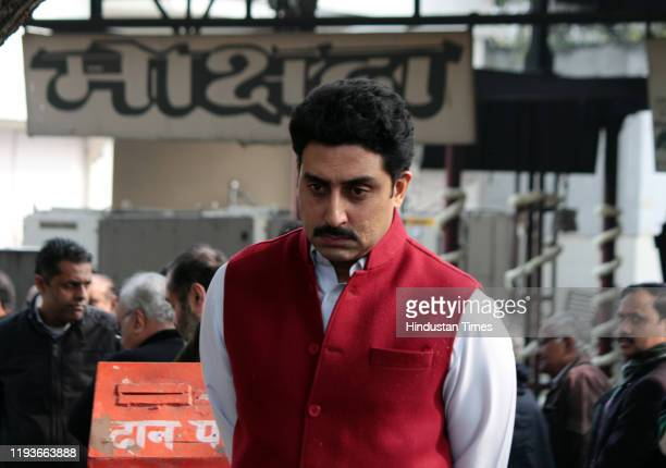 Abhishek Bachchan at the funeral of Ritu Nanda at Lodhi Road Crematorium on January 14 2020 in New Delhi India Ritu Nanda late actor Raj Kapoor's...