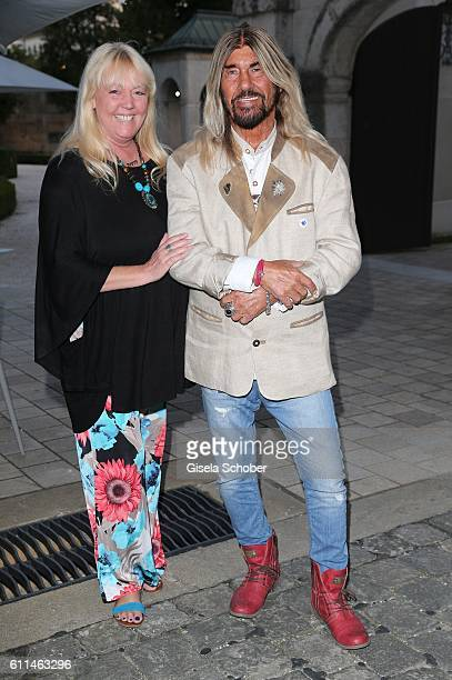 Abi Ofarim and his girlfriend Kirsten Schmidt during the 'Bergonzoli in Bavaria' exhibition opening at Bayerisches Nationalmuseum on September 29...