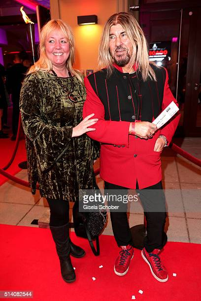 Abi Ofarim and his partner Kirsten Schmidt during the premiere of the musical 'Chicago' at Deutsches Theatre on March 6 2016 in Munich Germany