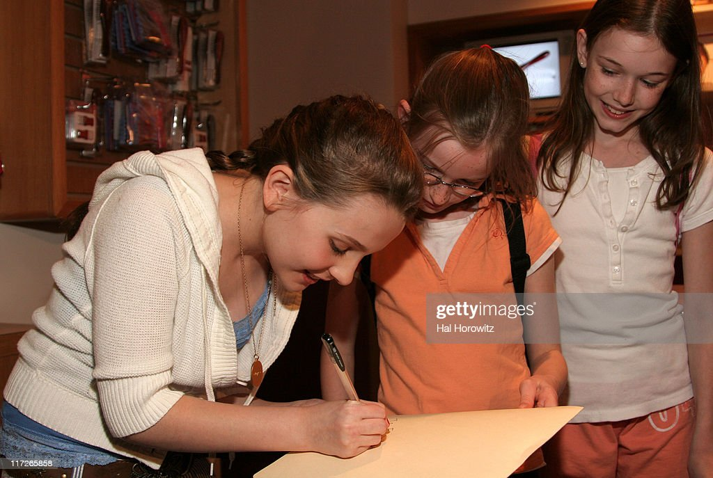 """Kit Kittredge: An American Girl Mystery"" New York Open Casting Call : News Photo"