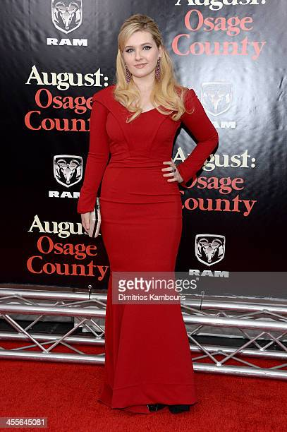 Abigail Breslin attends the premiere of AUGUSTOSAGE COUNTY presented by The Weinstein Company with Ram Trucks on December 12 2013 in New York City