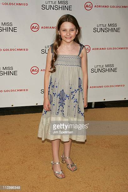 "Abigail Breslin during ""Little Miss Sunshine"" New York City Premiere - Outside Arrivals at AMC Loews LIncoln Square in New York City, New York,..."