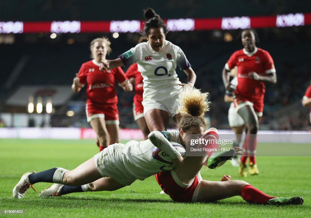 Abigail Dow of England touches down for the second try during the Old Mutual Wealth Series match between England and Canada at Twickenham Stadium on November 25, 2017 in London, England.