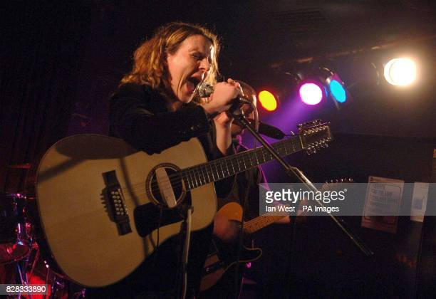 Abigail Hopkins performs onstage at The Garage Highbury Corner north London Tuesday 21 February 2006 PRESS ASSOCIATION Photo Photo credit should read...