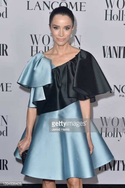 Abigail Spencer arrives at Vanity Fair and Lancôme Women In Hollywood Celebration at Soho House on February 06, 2020 in West Hollywood, California.