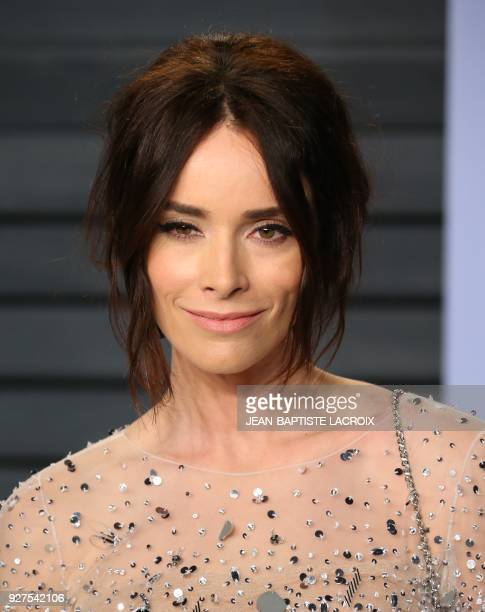 Abigail Spencer attends the 2018 Vanity Fair Oscar Party following the 90th Academy Awards at The Wallis Annenberg Center for the Performing Arts in...