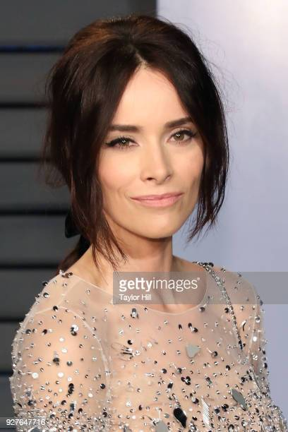 Abigail Spencer attends the 2018 Vanity Fair Oscar Party hosted by Radhika Jones at the Wallis Annenberg Center for the Performing Arts on March 4,...