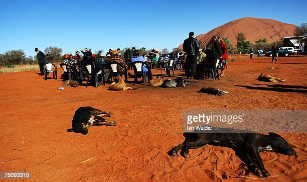 Aboriginal elders from the Mutitjulu community gather to meet Indigenous Affairs Minister Mal Brough July 6 2007 in Mutitjulu near Alice Springs...