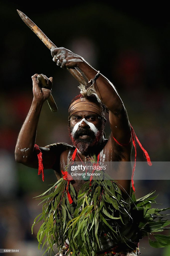 Aboriginal perfromers 'Descendance' entertain the crowd prior to the round 10 NRL match between the St George Illawarra Dragons and the Canberra Raiders on May 12, 2016 in Sydney, Australia.