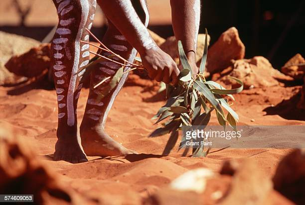 aborigine - alice springs stock pictures, royalty-free photos & images