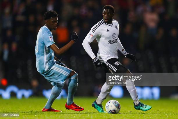 Aboubakar Kamara of Fulham FC competes for the ball with Ovie Ejaria of Sunderland during the Sky Bet Championship match between Fulham and...