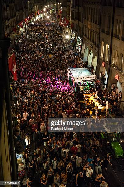 About 10'000 persons dance through the center of Switzerland's capital Bern during the 2nd edition of 'Tanz Dich Frei' , a politically-tinged dance...