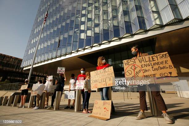 About a dozen protestors from West Valley Peoples Alliance gathered in front of Los Angeles federal courthouse while former Los Angeles City...