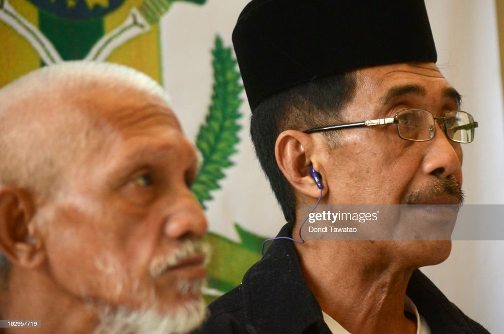 Abraham Idjirani, spokesperson for Jamalul Kiram, speaks at a press conference at the Kiram residence on March 2, 2013 in Manila, Philippines. President Benigno Aquino III has urged followers of Jamalul Kiram III to surrender and come out of hiding in the village of Lahad Datu, Sabah. Malaysian Prime Minister Najib Razak has warned he will take action against the group, which were involved in a shoot-out with Malaysian police that killed two Malaysian police commandos and left 12 followers of Kiram dead.