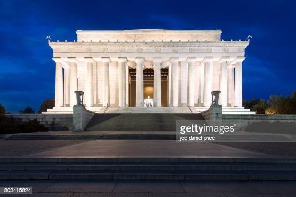 abraham lincoln memorial, blue hour, washington dc, america - lincoln memorial stock pictures, royalty-free photos & images